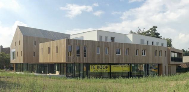 Houten kantoorgebouw Van Reyschoot nadert oplevering