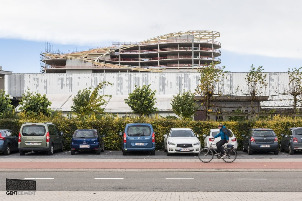 Hotel vormt sluitstuk van ontwikkeling rond ghelamco arena gentcement - Ontwikkeling rond een zwembad ...