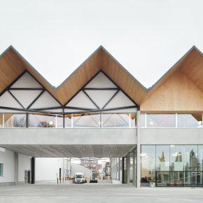 Industrieel kantoorgebouw Ryhove integreert in woonwijk