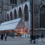Stedelijke orangerie in de schaduw van de Sint-Niklaaskerk