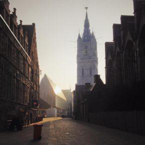 Maak kans op een exemplaar van het nieuwe Architectuurboek Vlaanderen